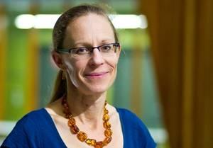 Dr. Monika Janda